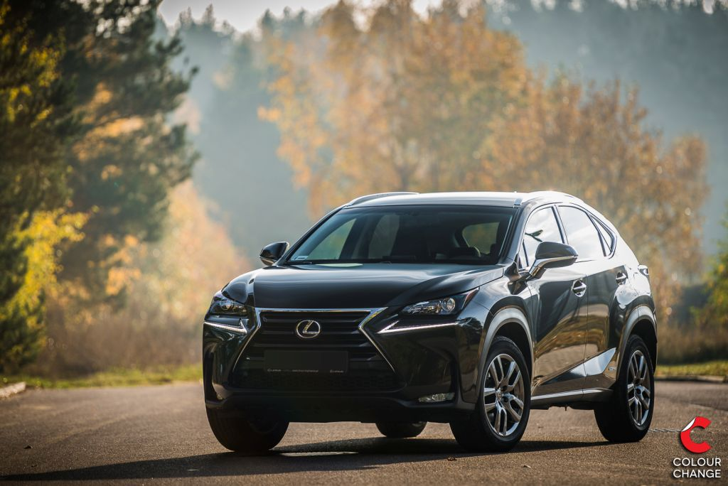Lexus nx300h – avery gloss black metallic