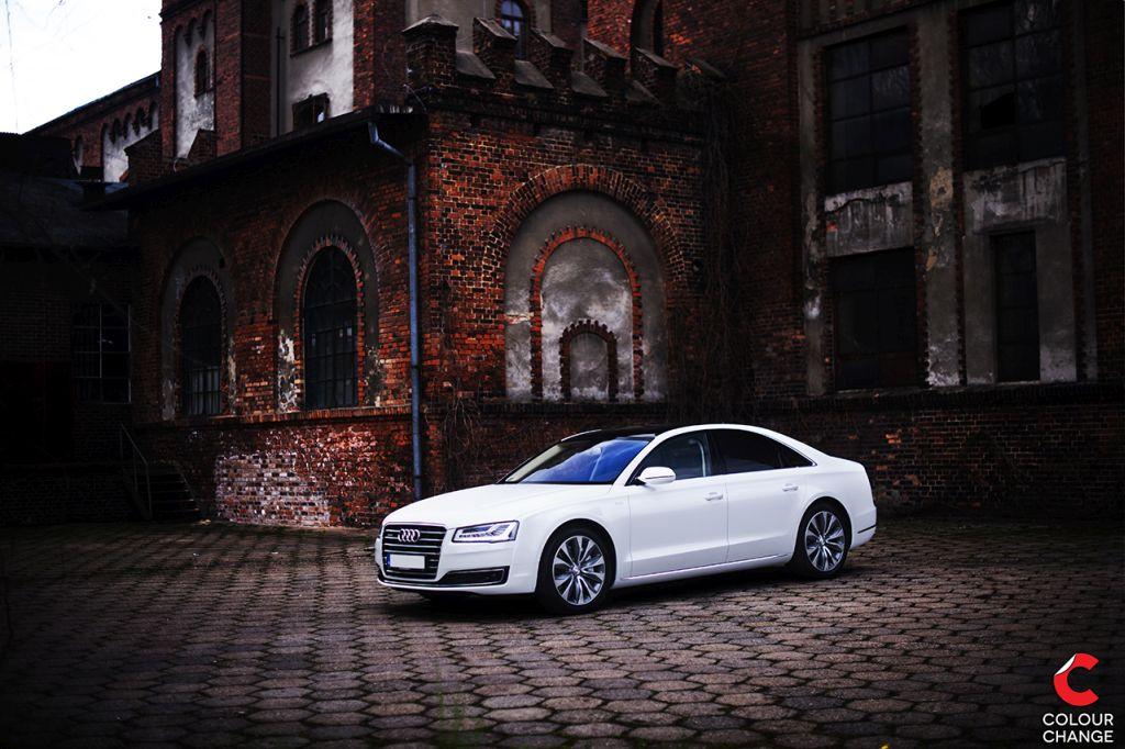 Audi a8 – pearl white