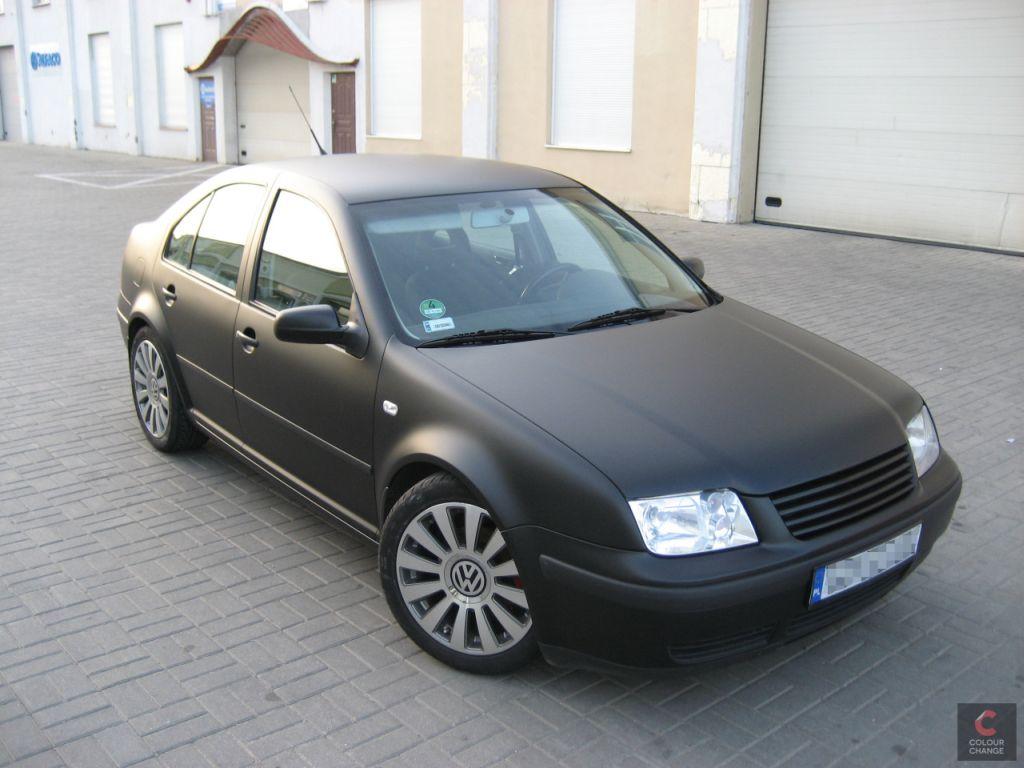 VW bora – matte black