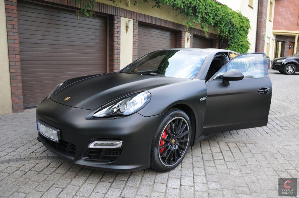 Porsche panamera – matte black